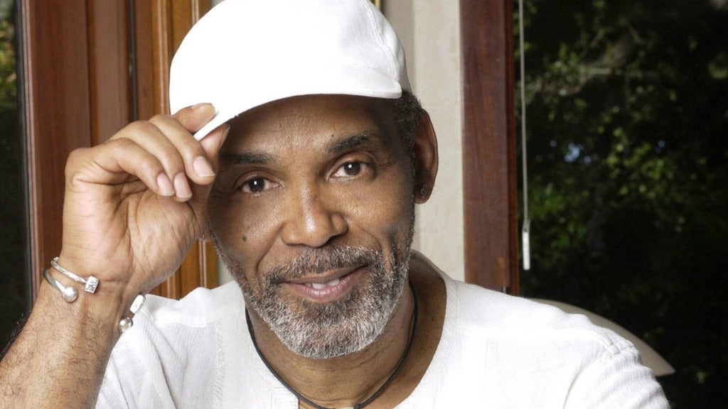 Hotels near Frankie Beverly Events