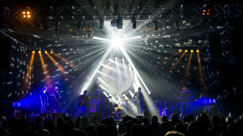 Hotels near The Pink Floyd Experience Events