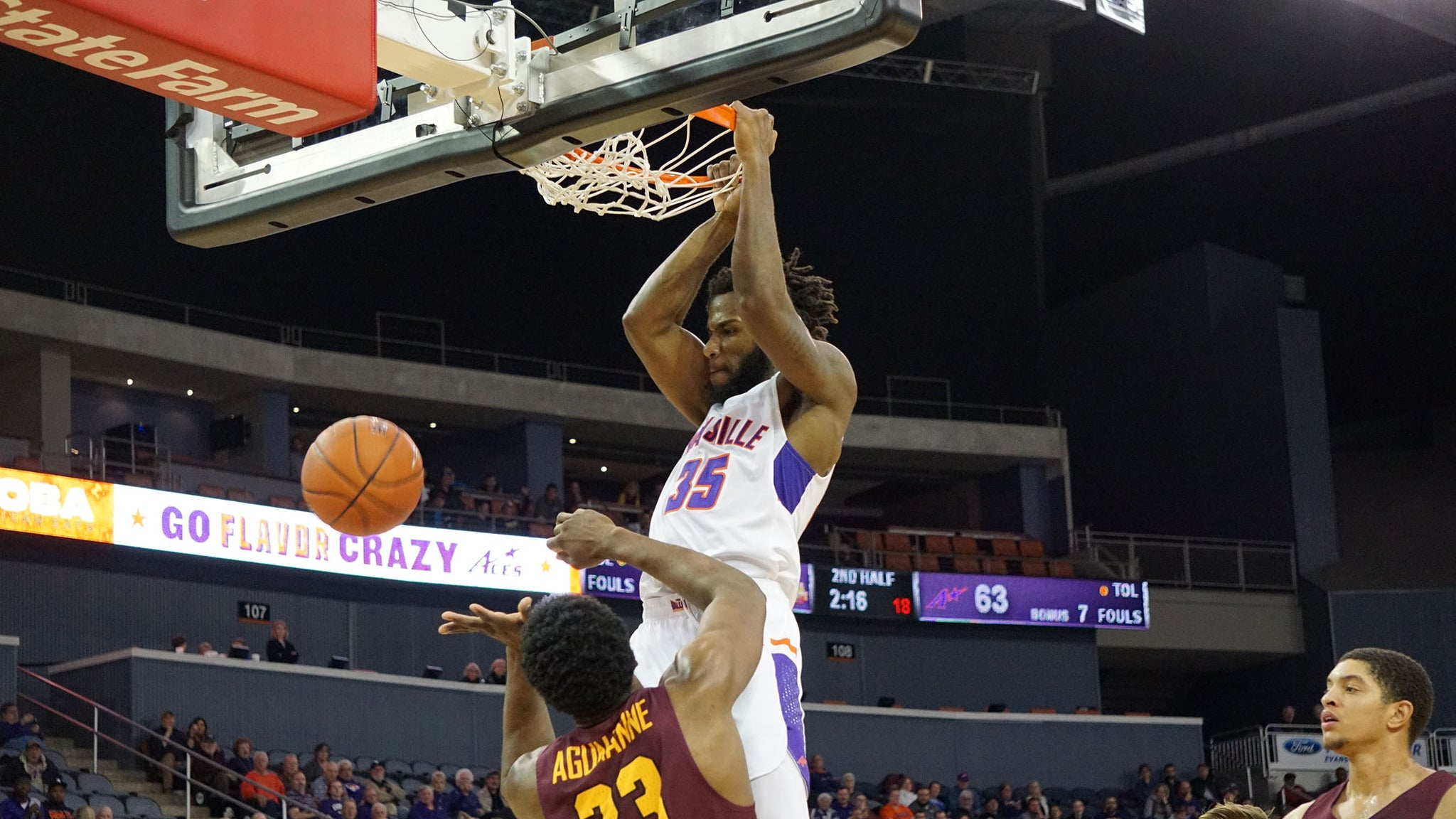 University of Evansville Aces Mens Basketball vs. Southern Indiana Mens Basketball