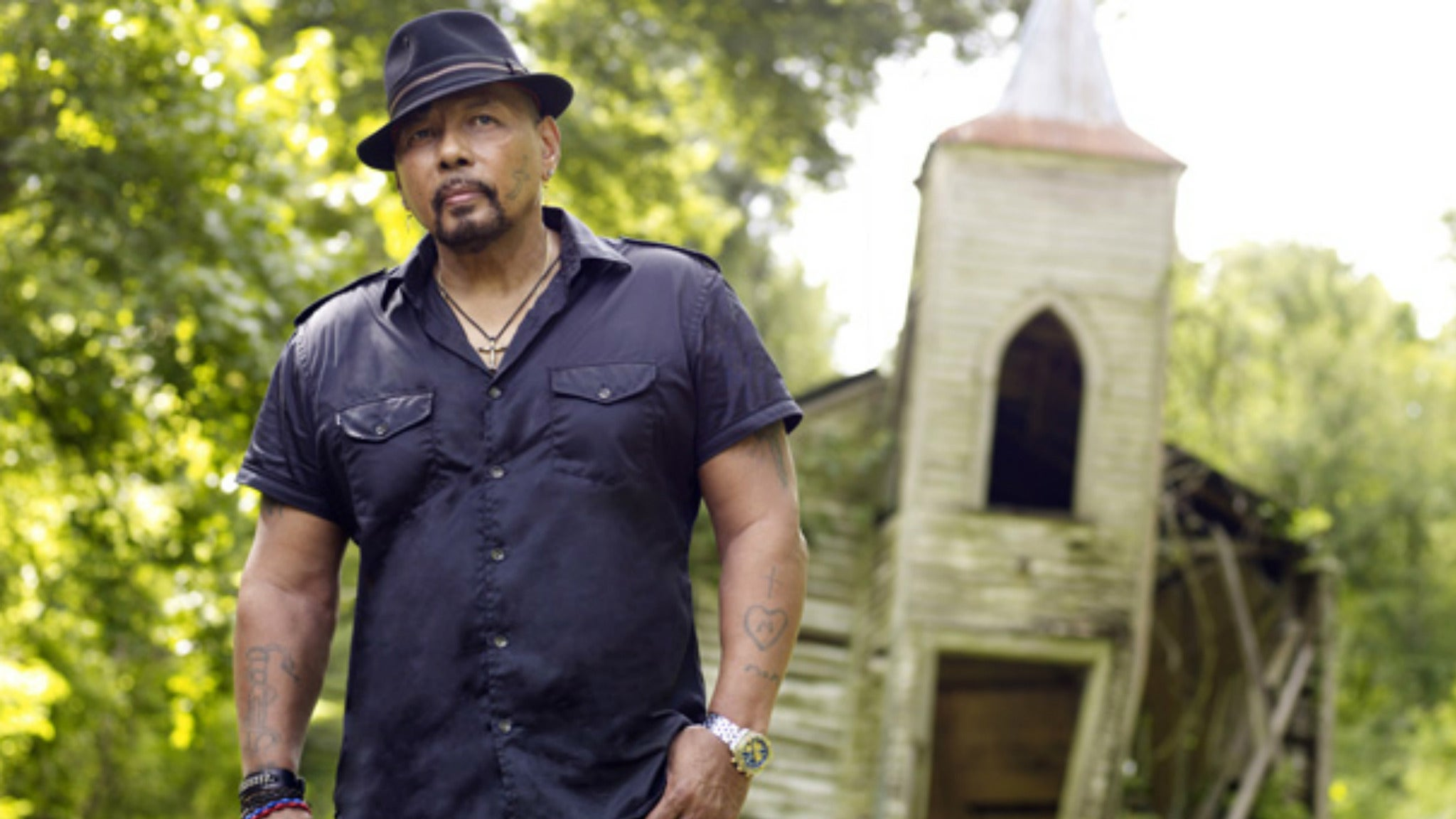 Aaron Neville at Coach House