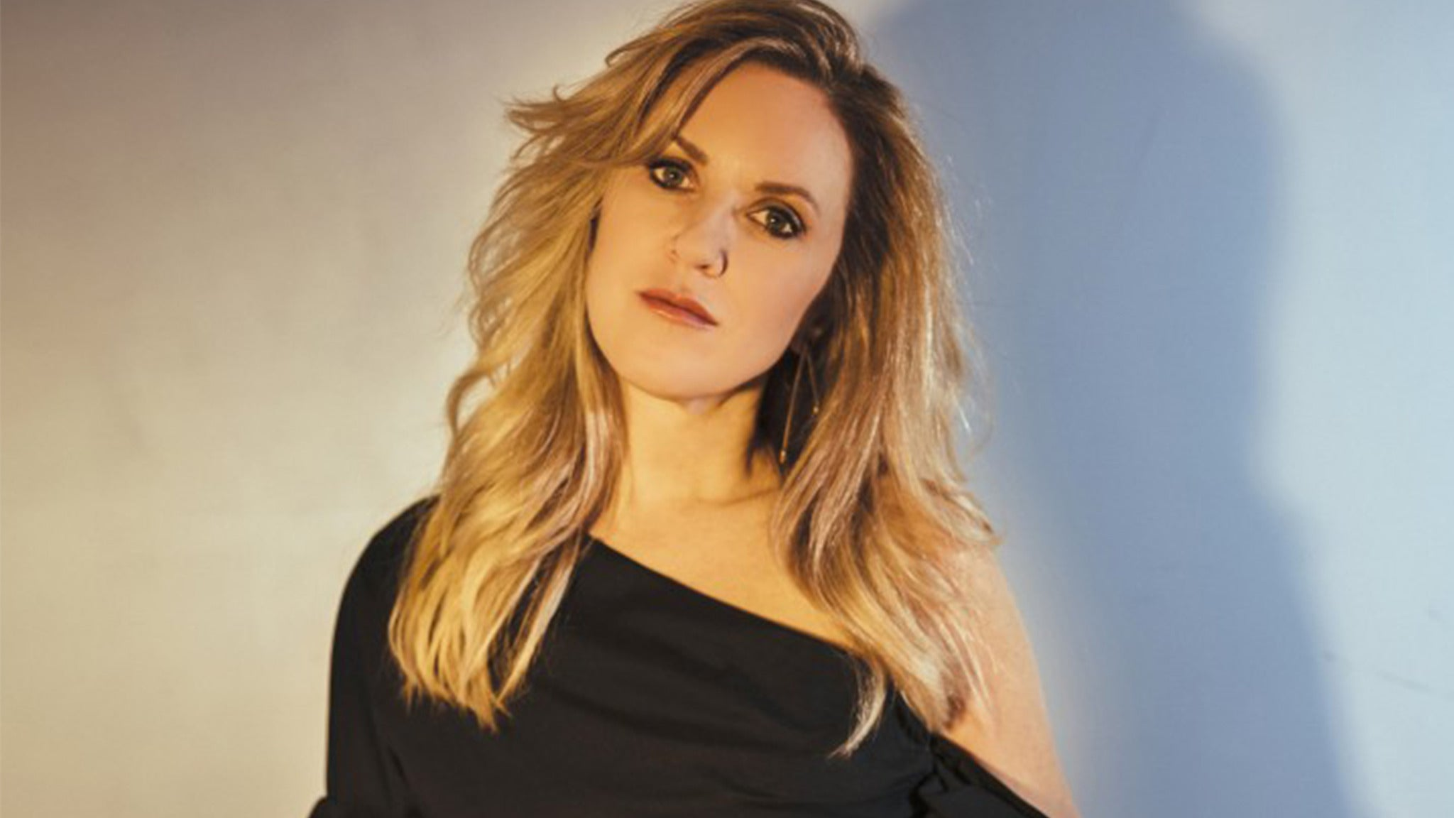 Liz Phair at Liberty Hall - Lawrence, KS 66044