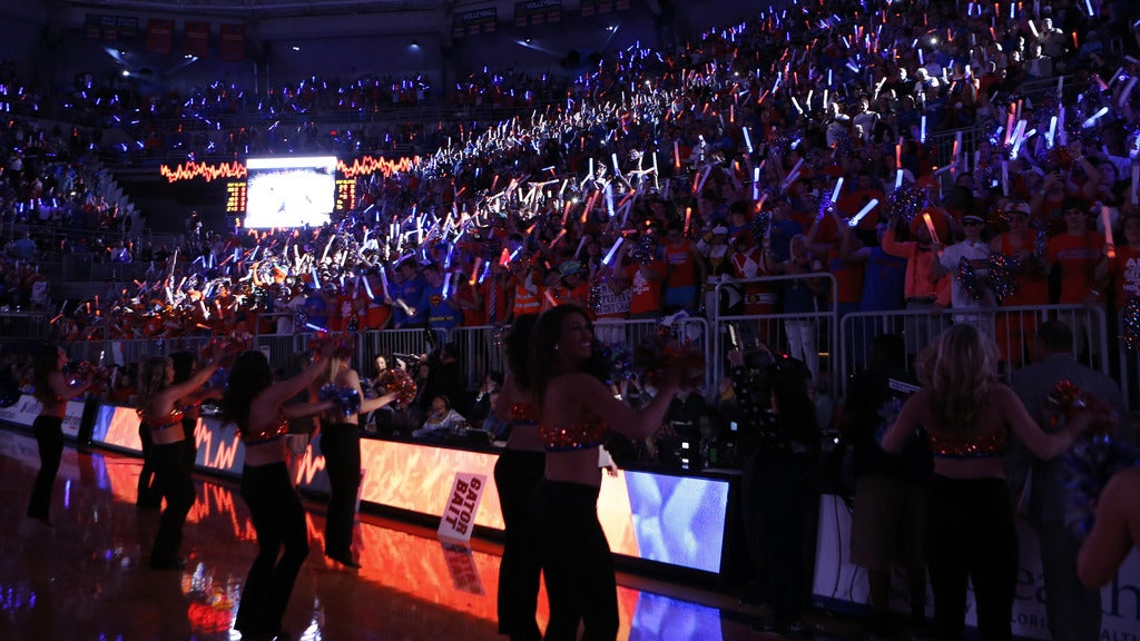 Hotels near Florida Gators Men's Basketball Events
