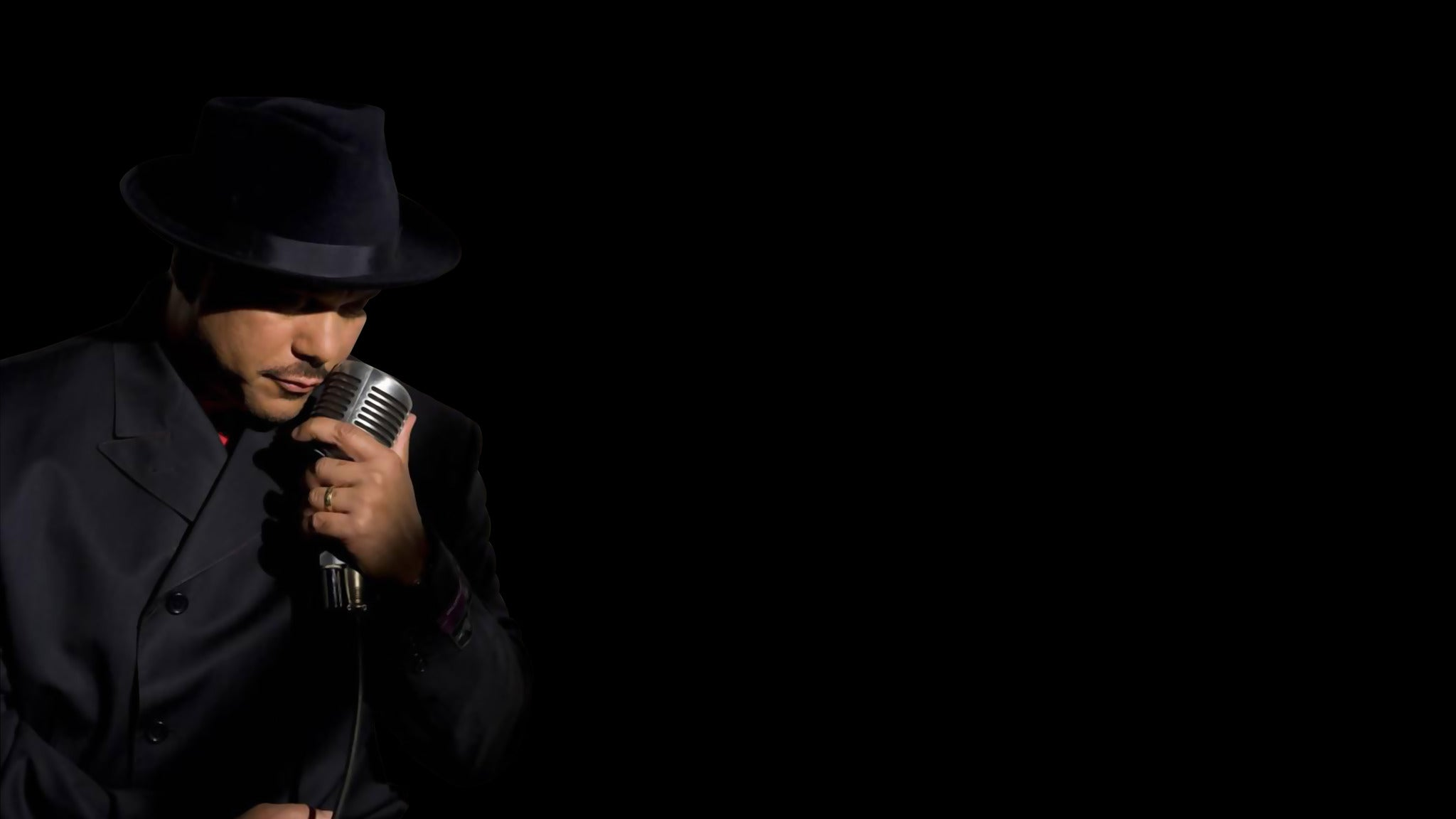 Howard Hewett at Bada Bing Grille 2