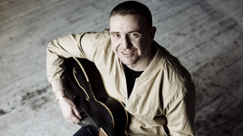 Hotels near Damien Dempsey Events