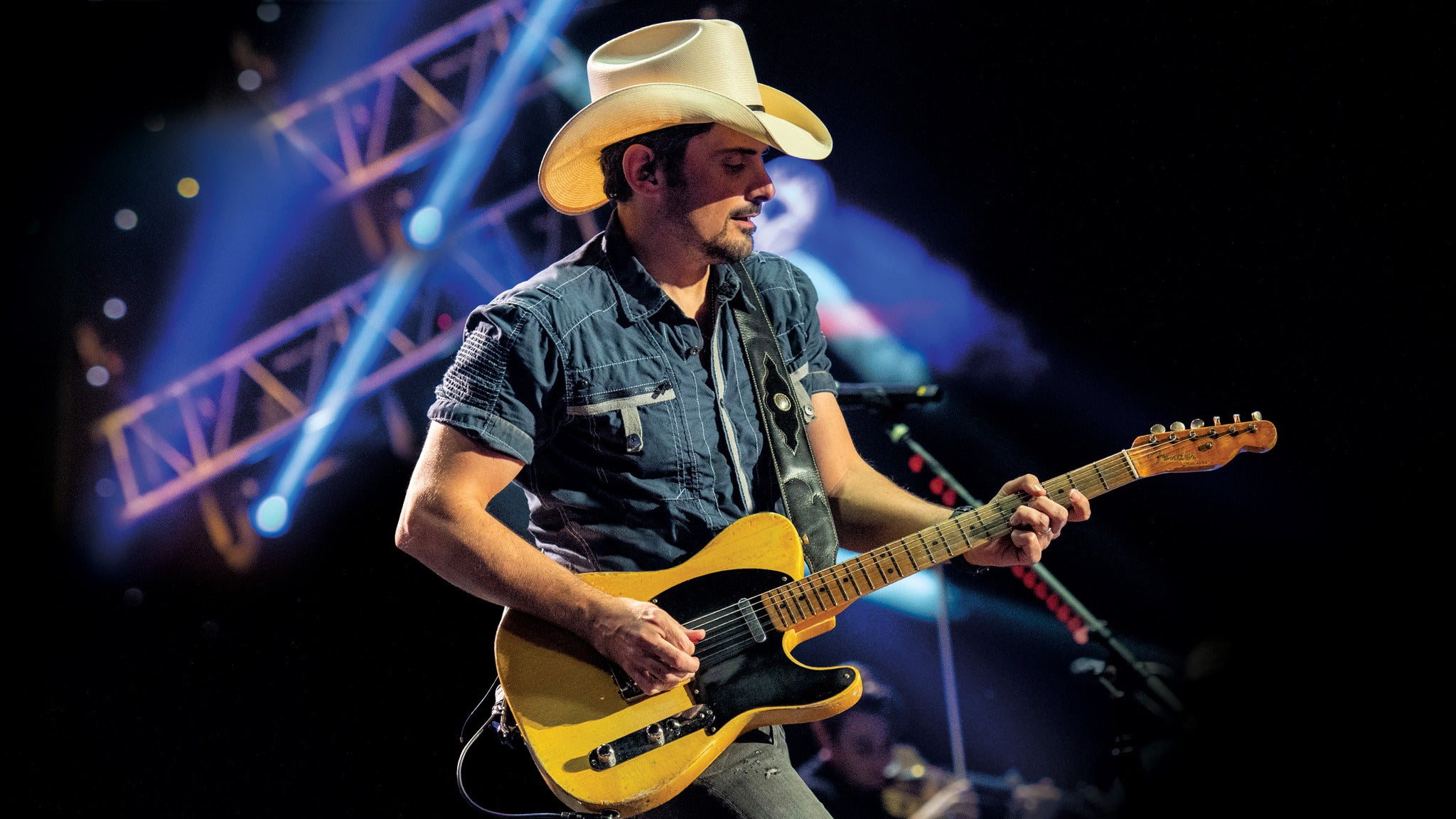 Brad Paisley Tour 2019 at The Wharf Amphitheater