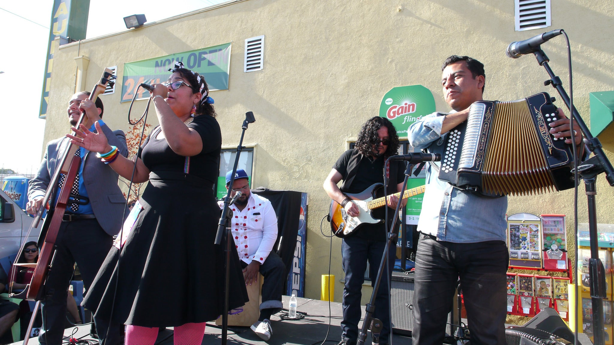 La Santa Cecilia (Sold Out) at Marty's On Newport