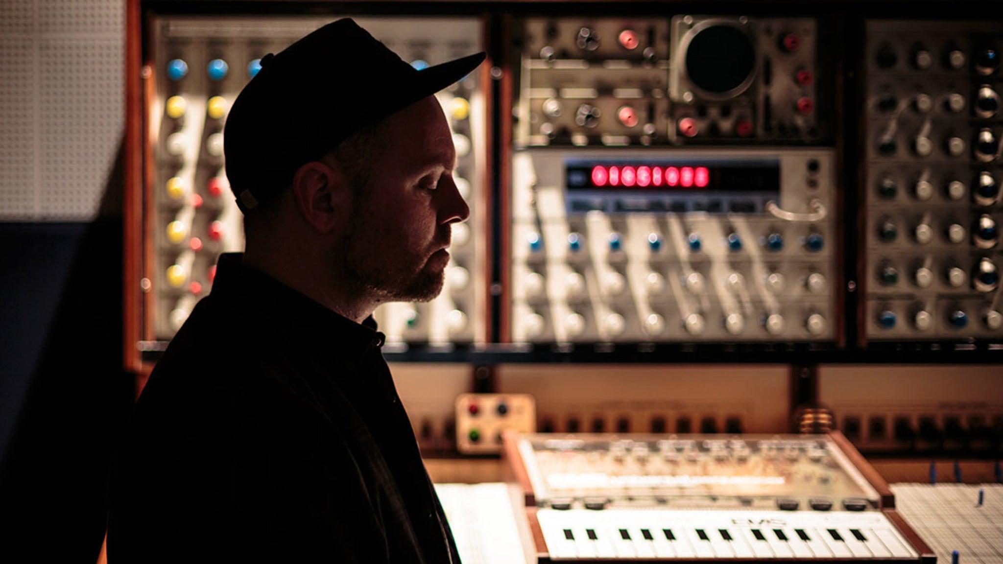 DJ Shadow - The Mountain Will Fall 2017 Tour