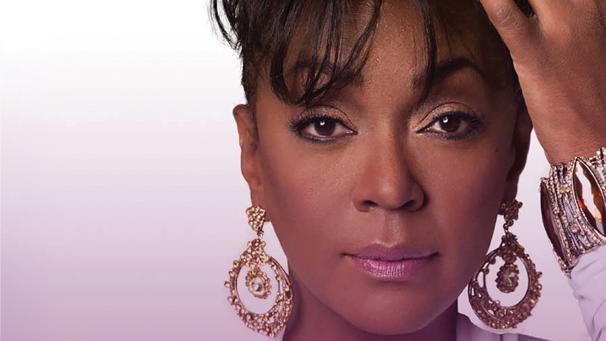 Anita Baker at Paramount Theatre-Oakland