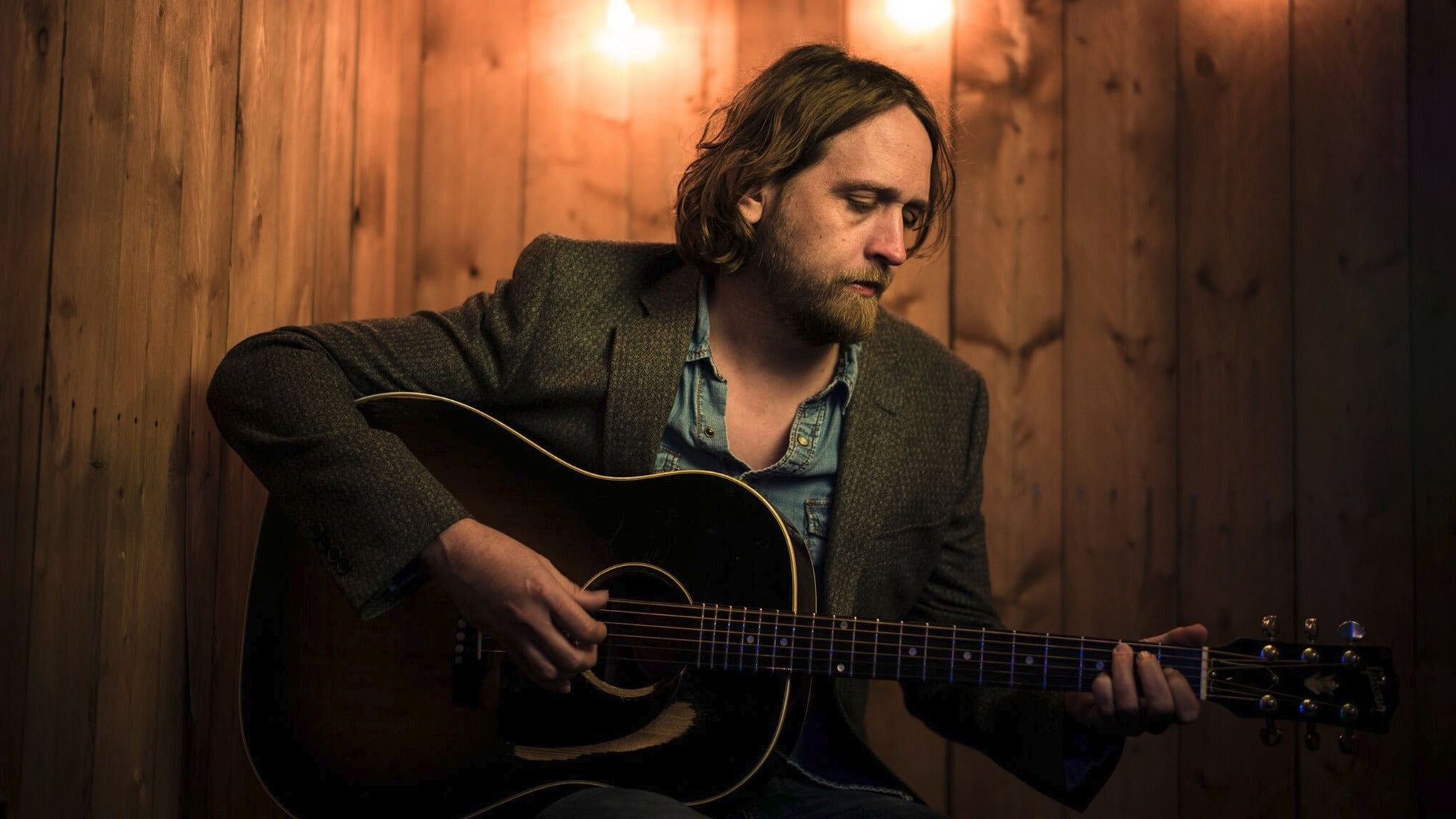 Hayes Carll, Travis Linville at Neurolux Lounge
