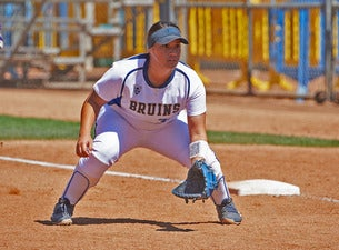 UCLA Bruins Softball v CS Fullerton