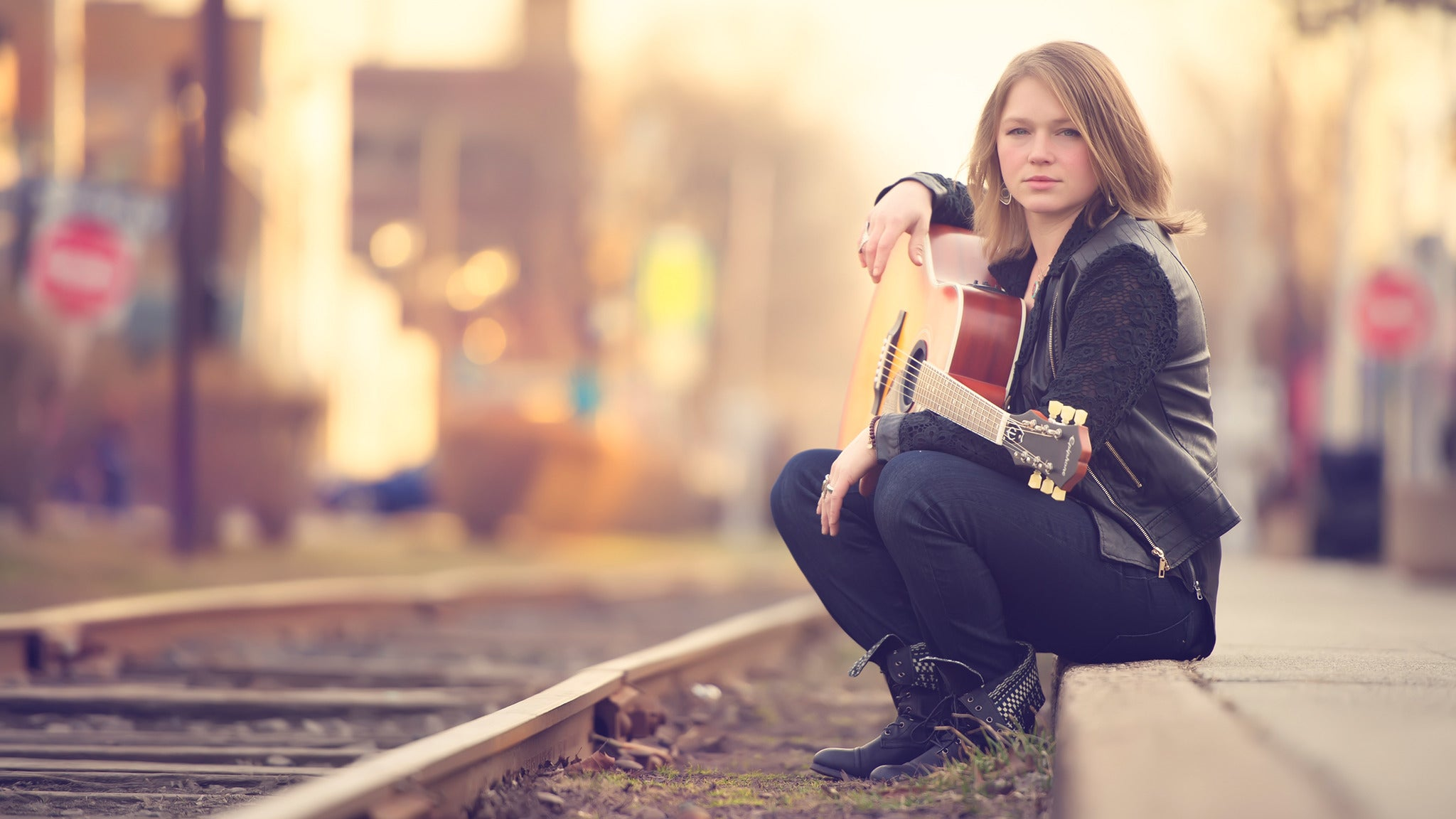 Crystal Bowersox at Newton Theatre