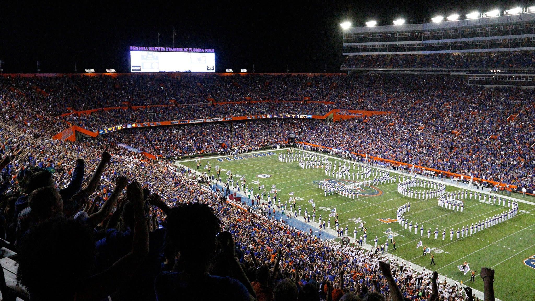 AdvoCare Classic: Florida v Michigan at AT&T Stadium