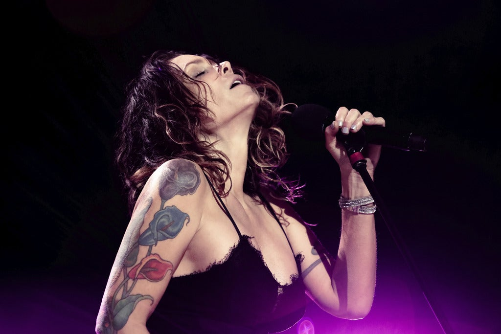 Beth Hart - With Band