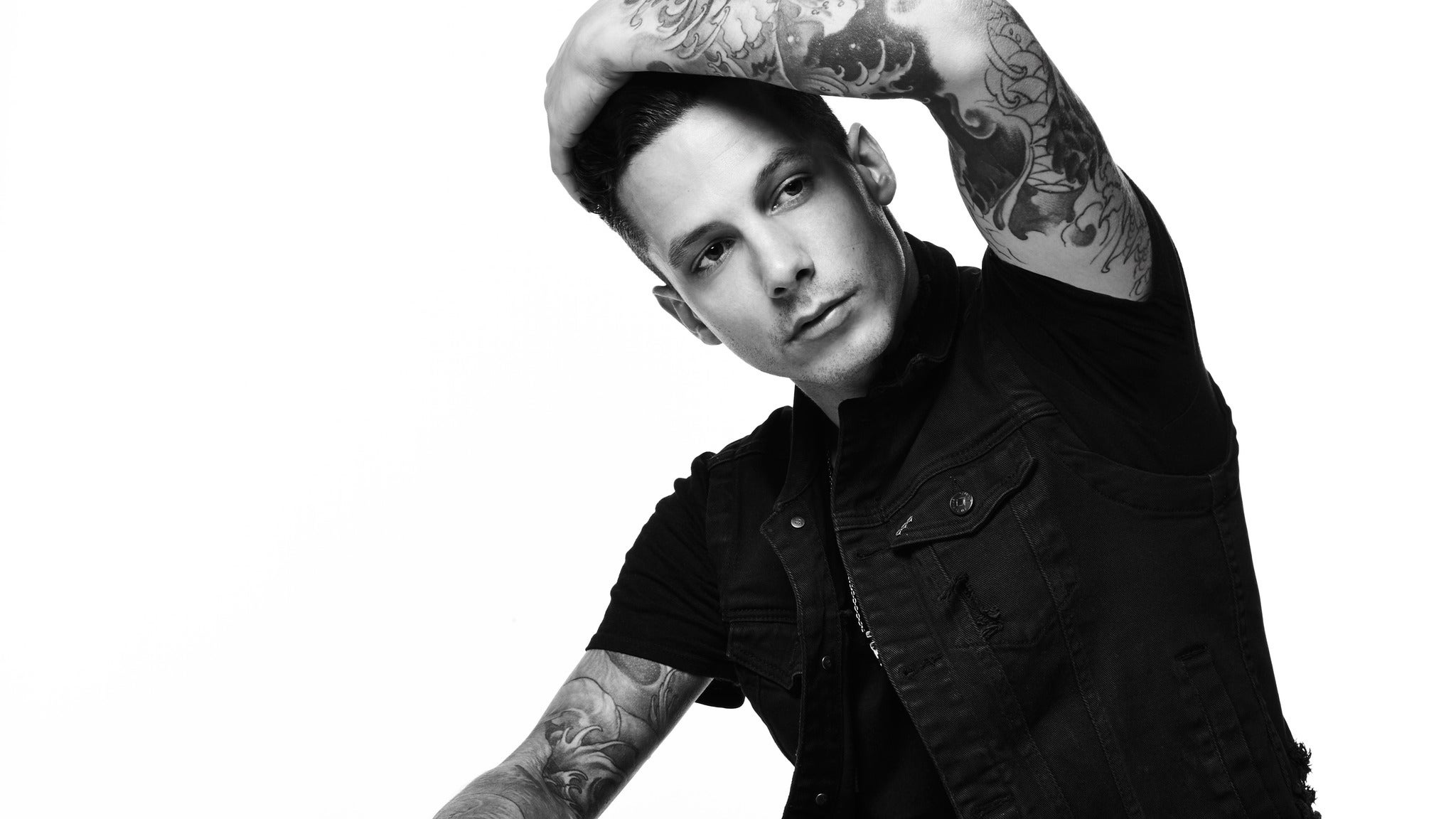 Devin Dawson at Buck Owens Crystal Palace