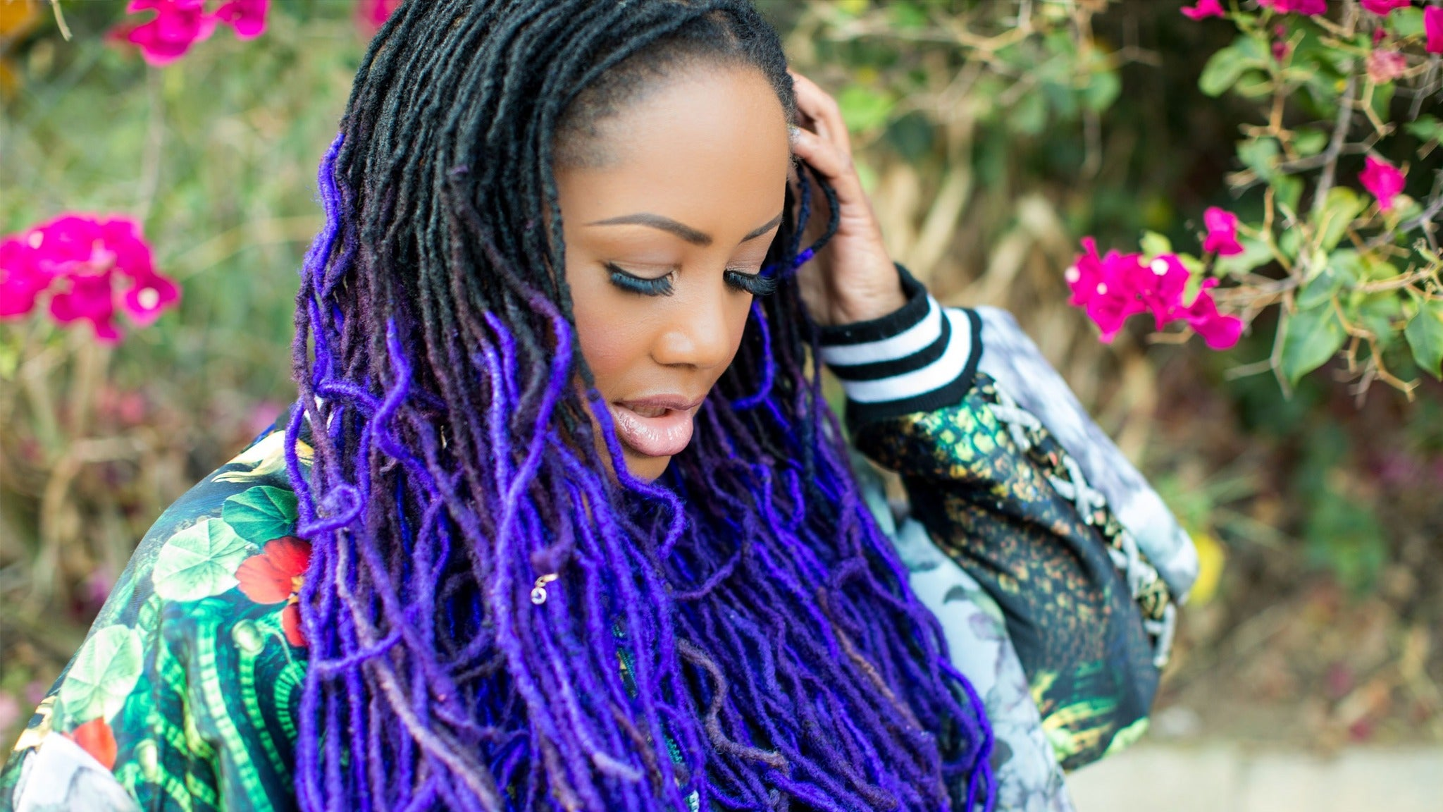 image for event Lalah Hathaway at Warner Theatre-DC