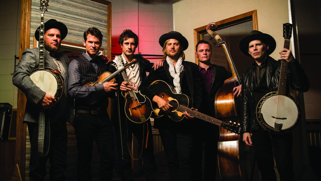 Hotels near Old Crow Medicine Show Events