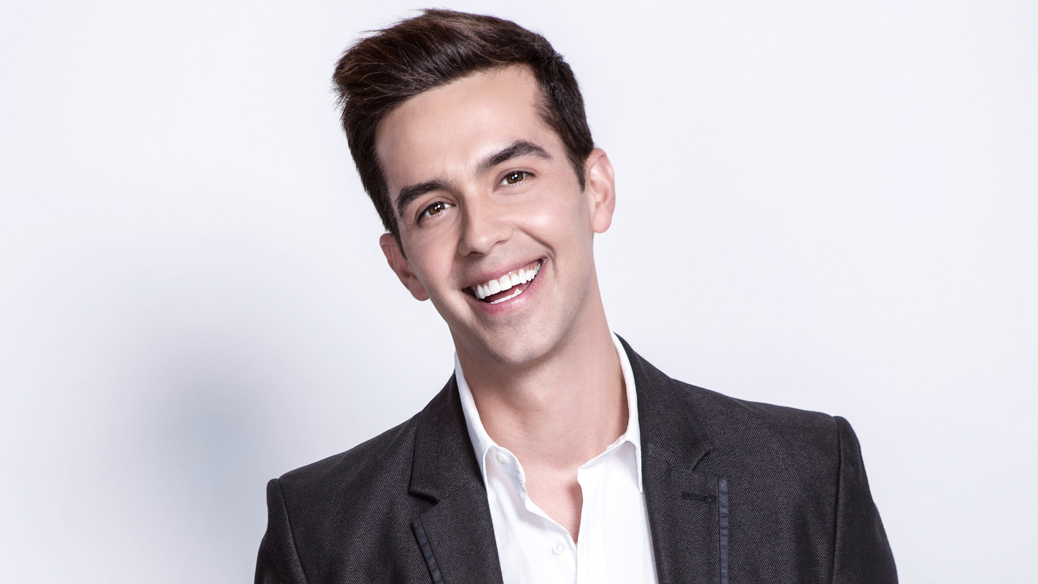 AEG presents Michael Carbonaro Live!