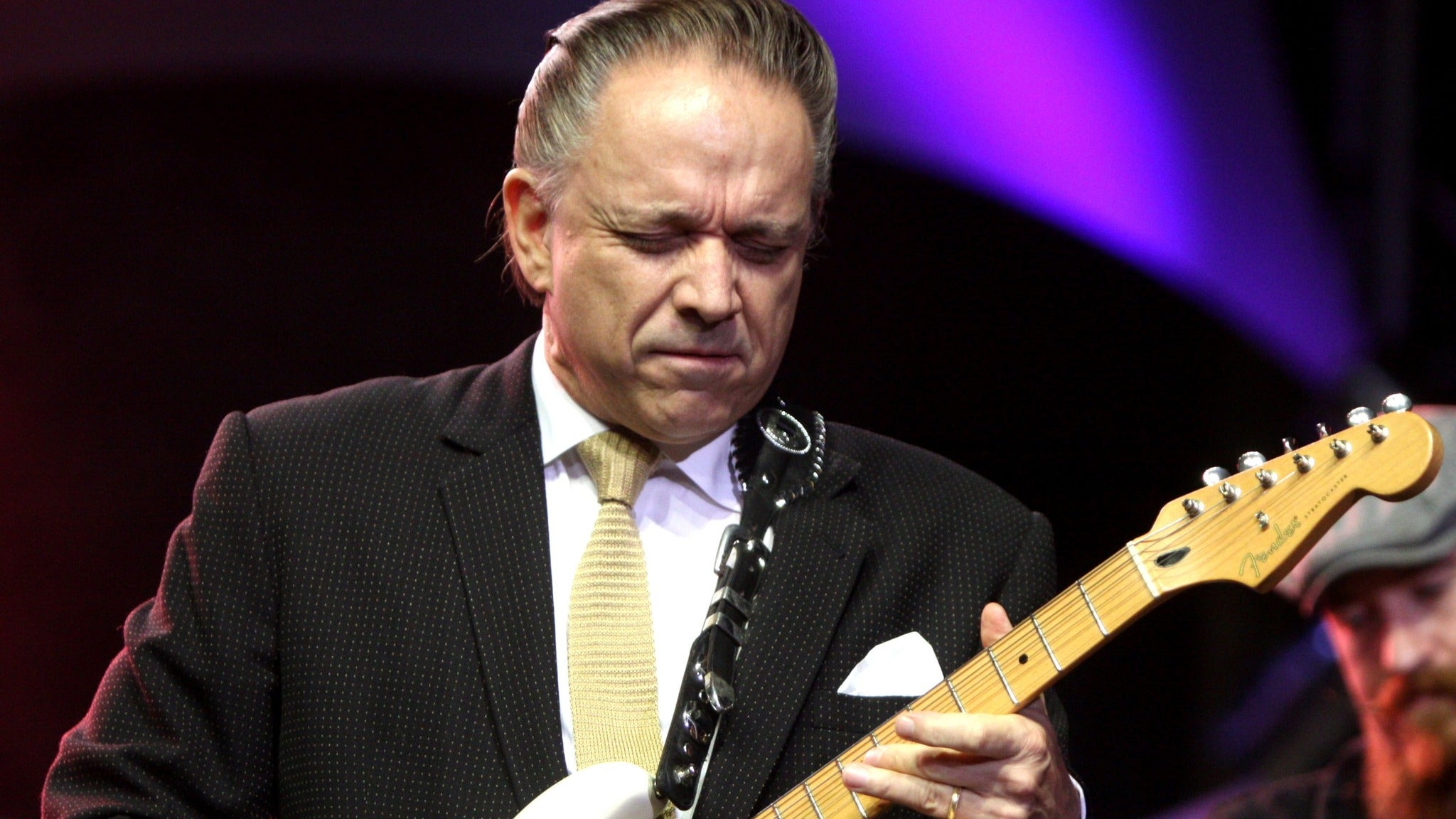 Jimmie Vaughan at The Token Lounge