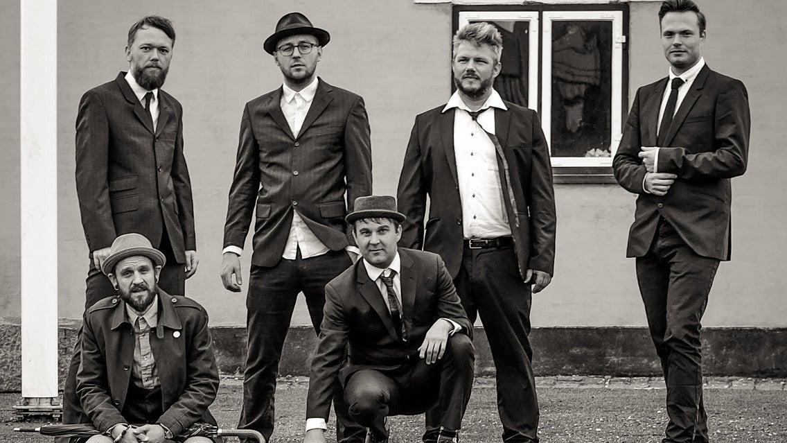 Babylove & The Van Dangos (DK)