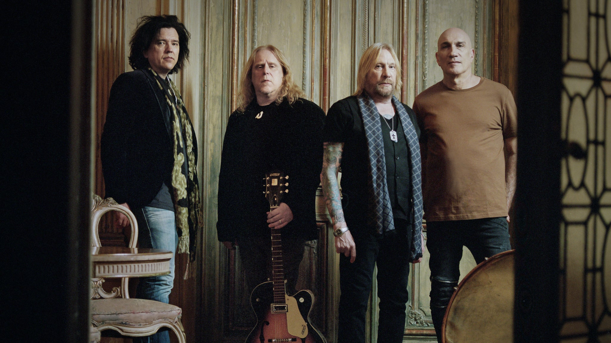 Gov't Mule's Dark Side Of The Mule + The Avett Brothers