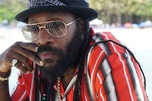 Tarrus Riley: Ft Black Soil Band