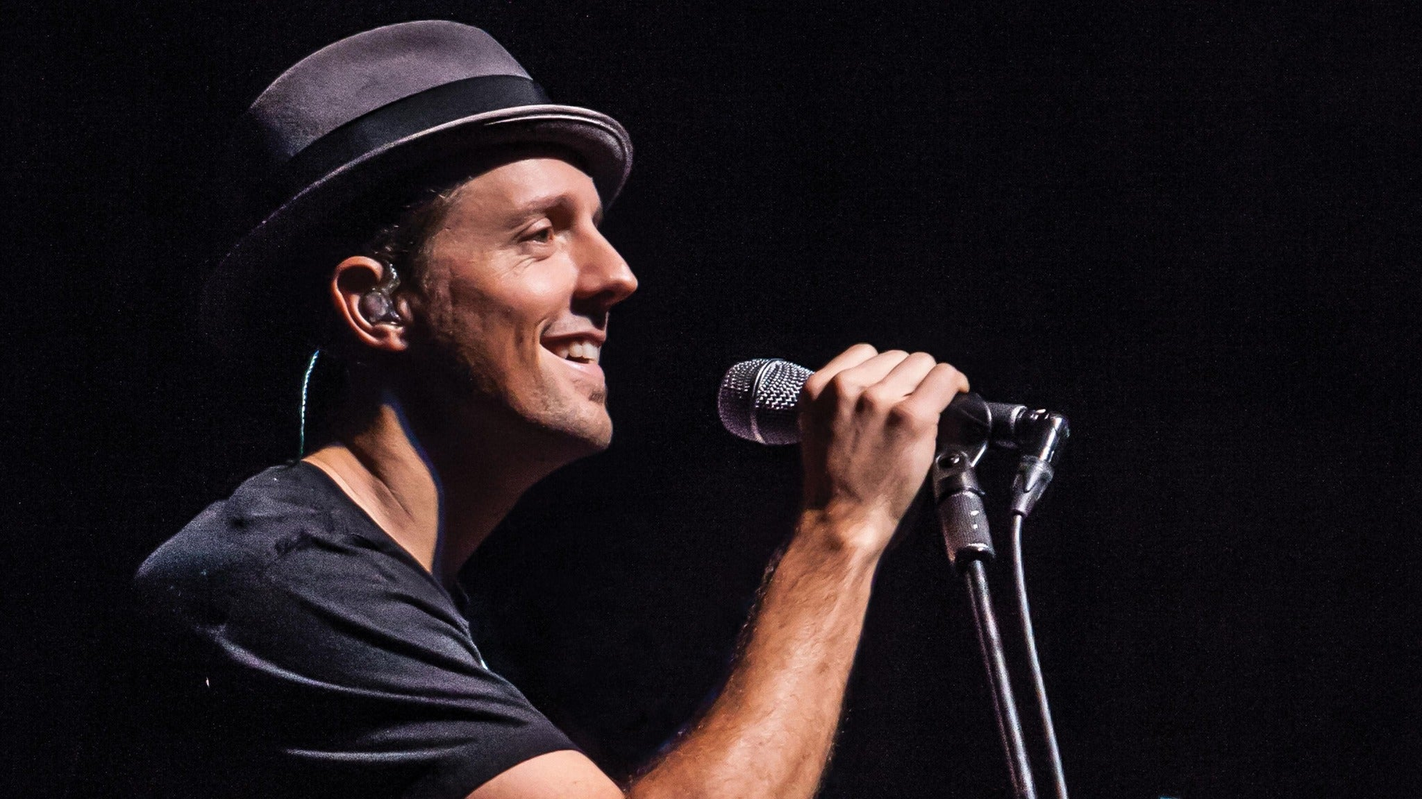 Good Vibes with Jason Mraz at Mohegan Sun Arena