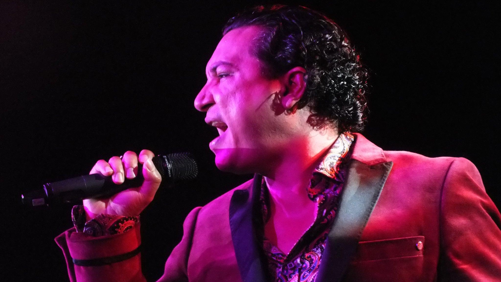 Carlos Daniels – Tribute To Juan Gabriel