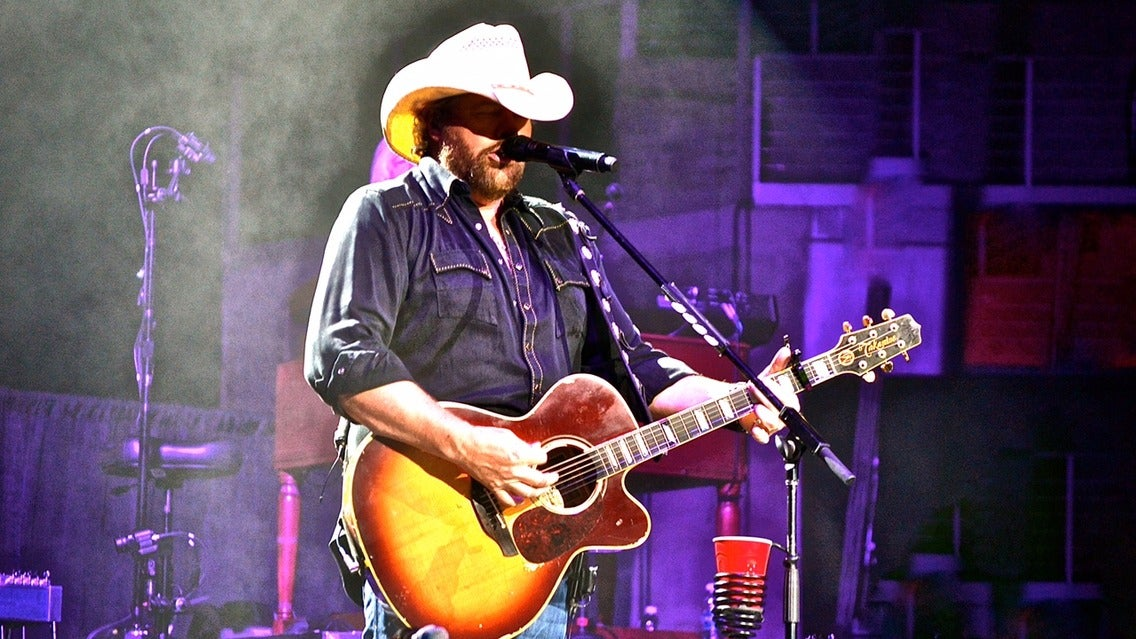 Toby Keith Country Comes To Town Tour