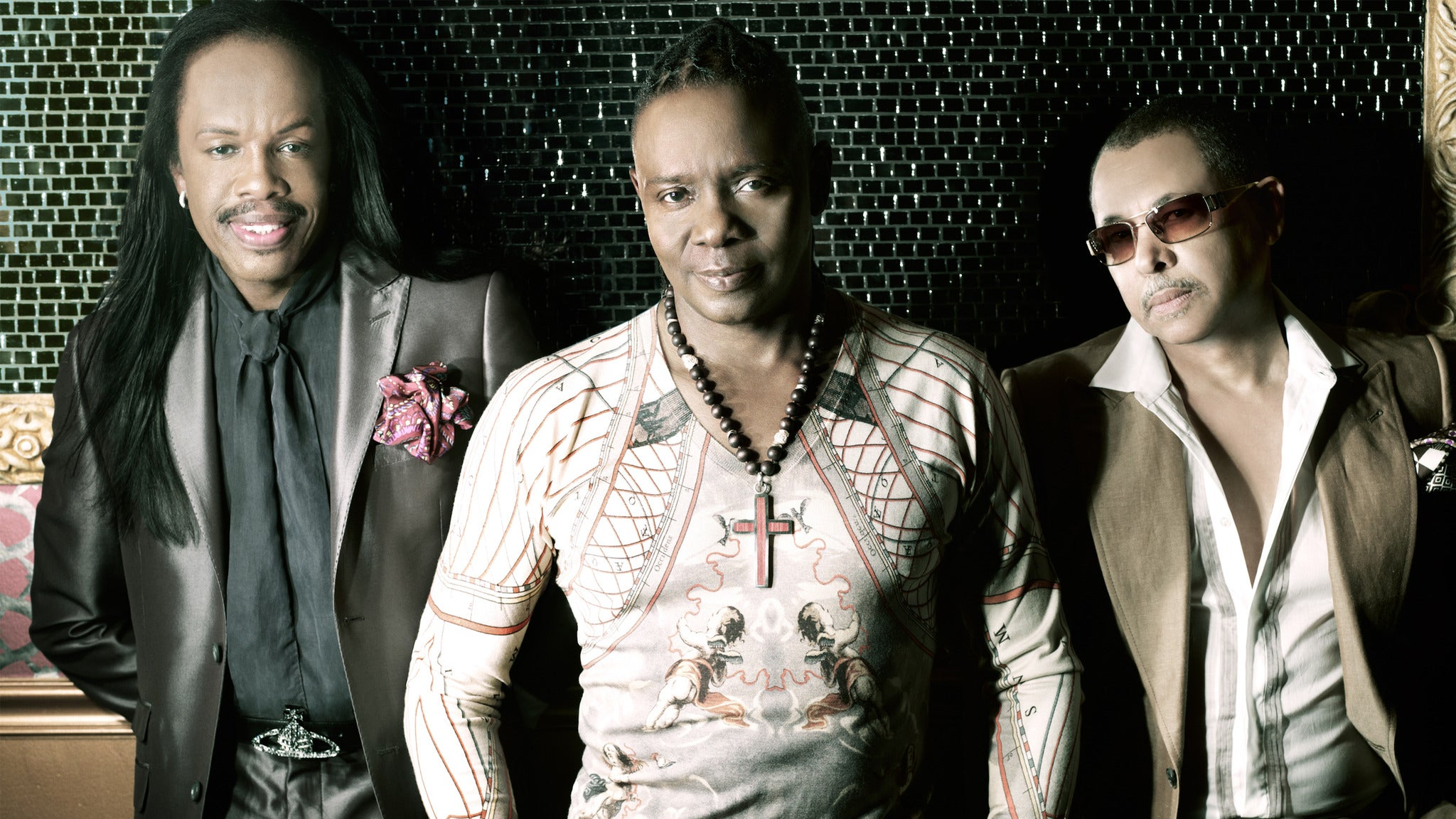 Earth, Wind & Fire at The Pacific Amphitheatre