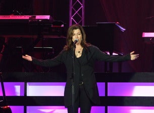 Amy Grant & Vince Gill - 12 Days Of Christmas At The Ryman