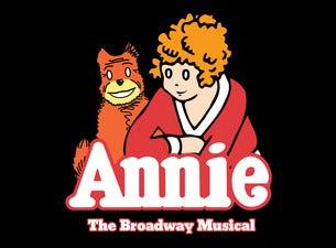 Walnut Street Theatre's Annie