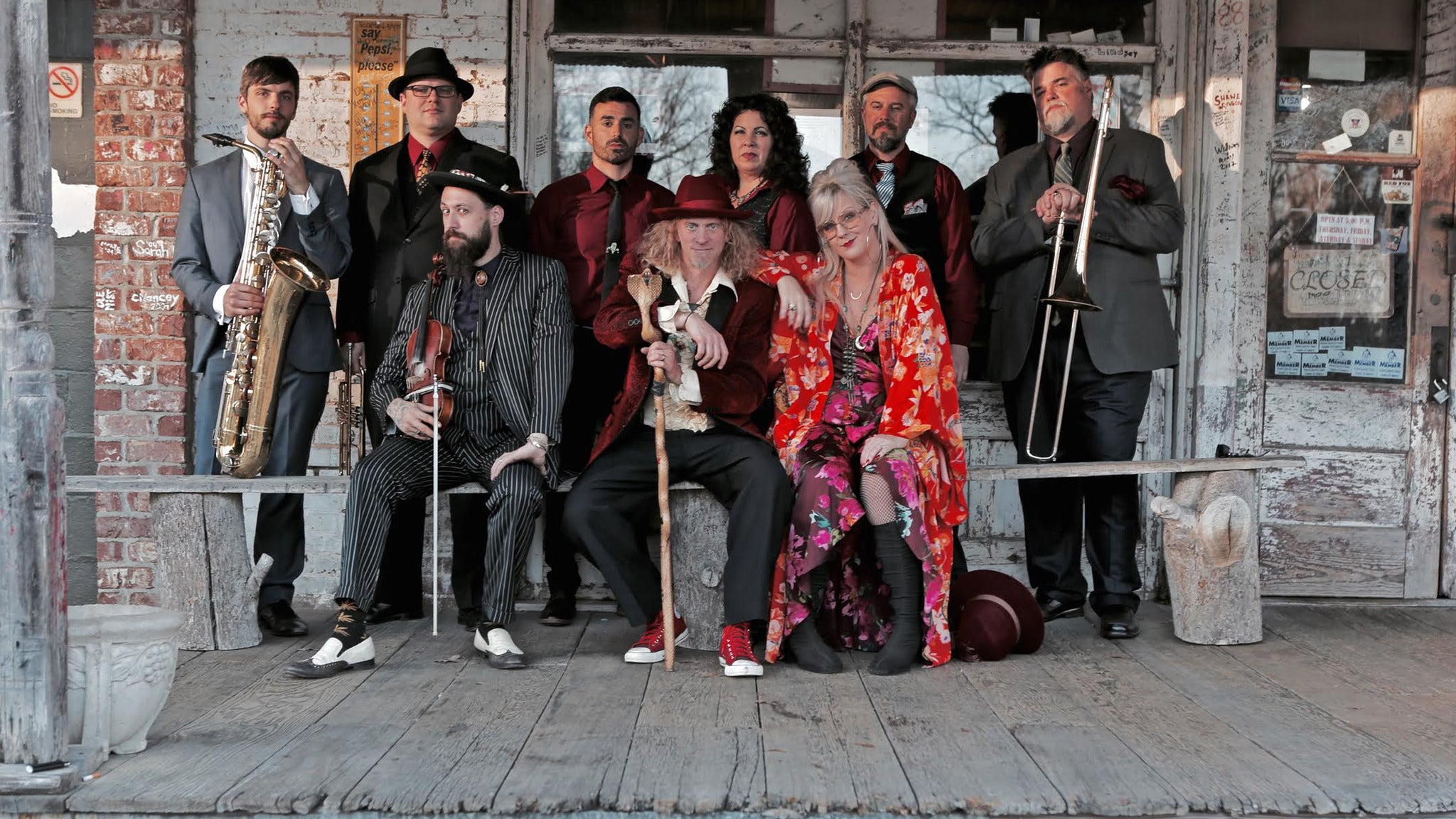 Squirrel Nut Zippers at Aura