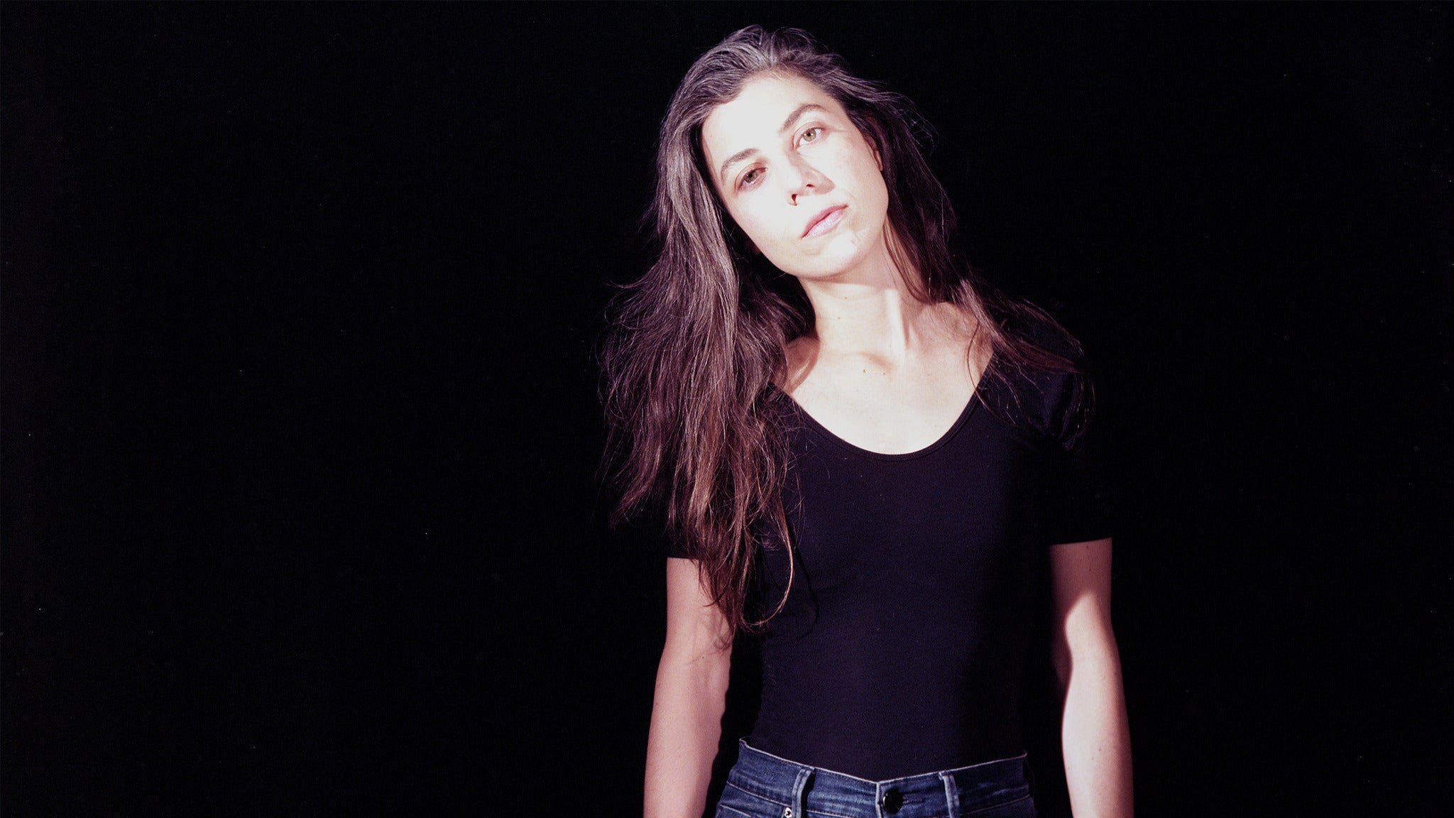 Julia Holter at Aisle 5