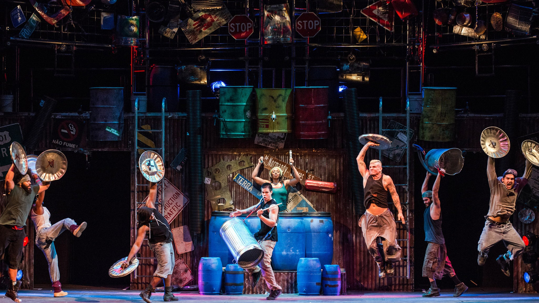 Stomp (Chicago) at Broadway Playhouse at Water Tower Place