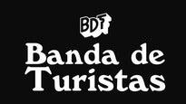 Banda de Turistas en Concierto, Artista Invitado Okills