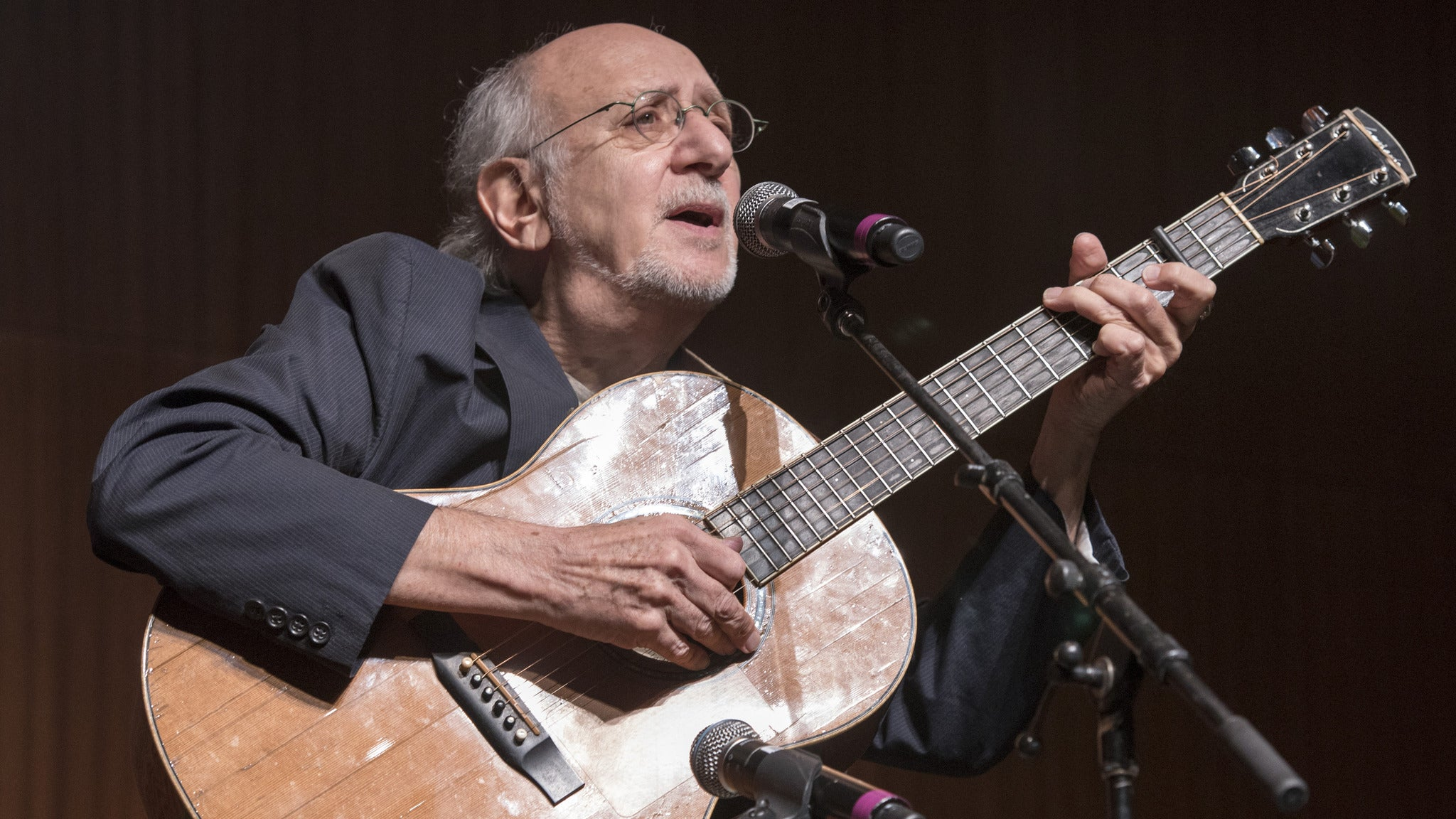 Peter Yarrow and Noel Paul Stookey (of Peter, Paul and Mary)