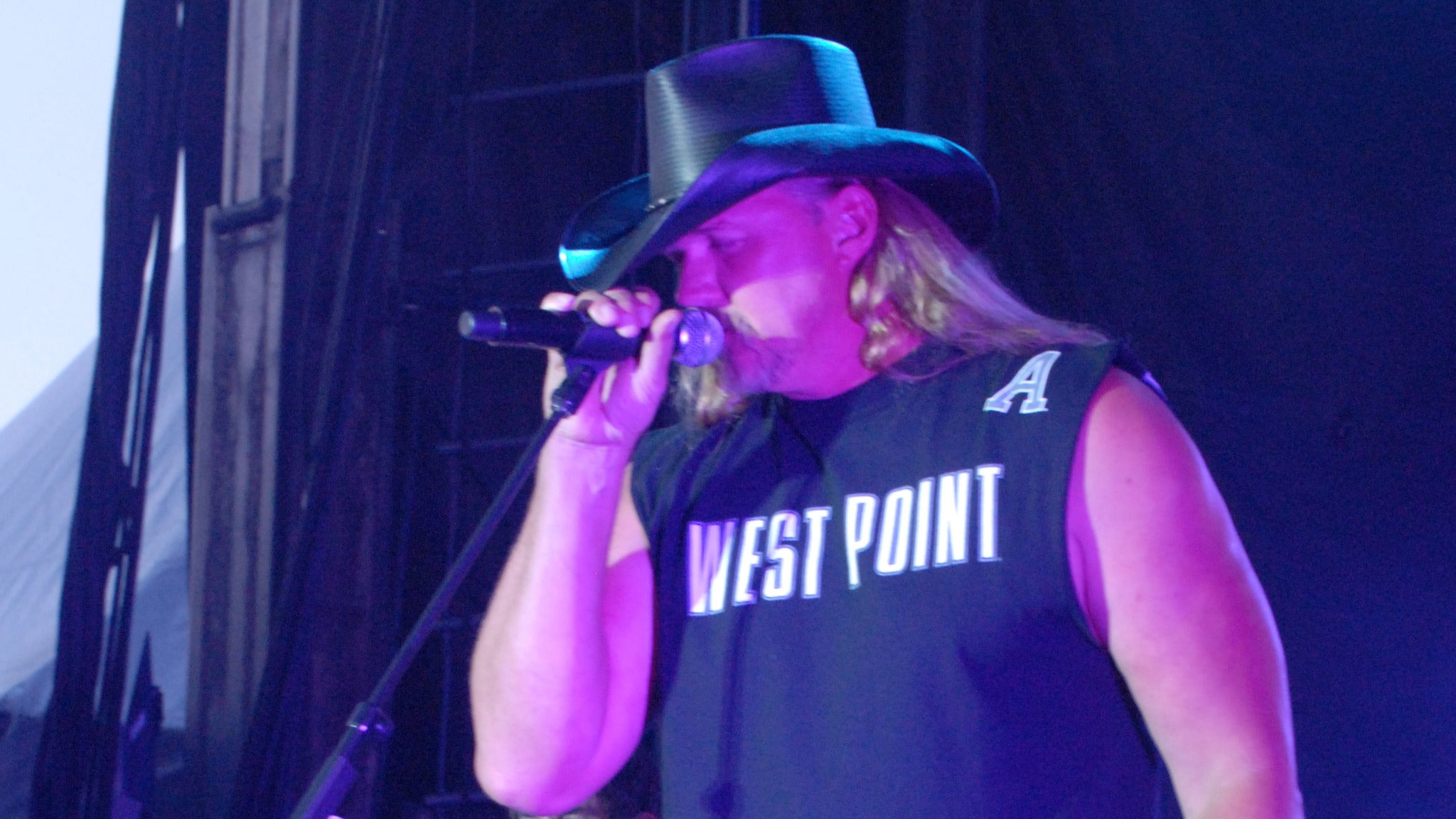 Trace Adkins w/ John Berry at The Bowl at Sugar Hill