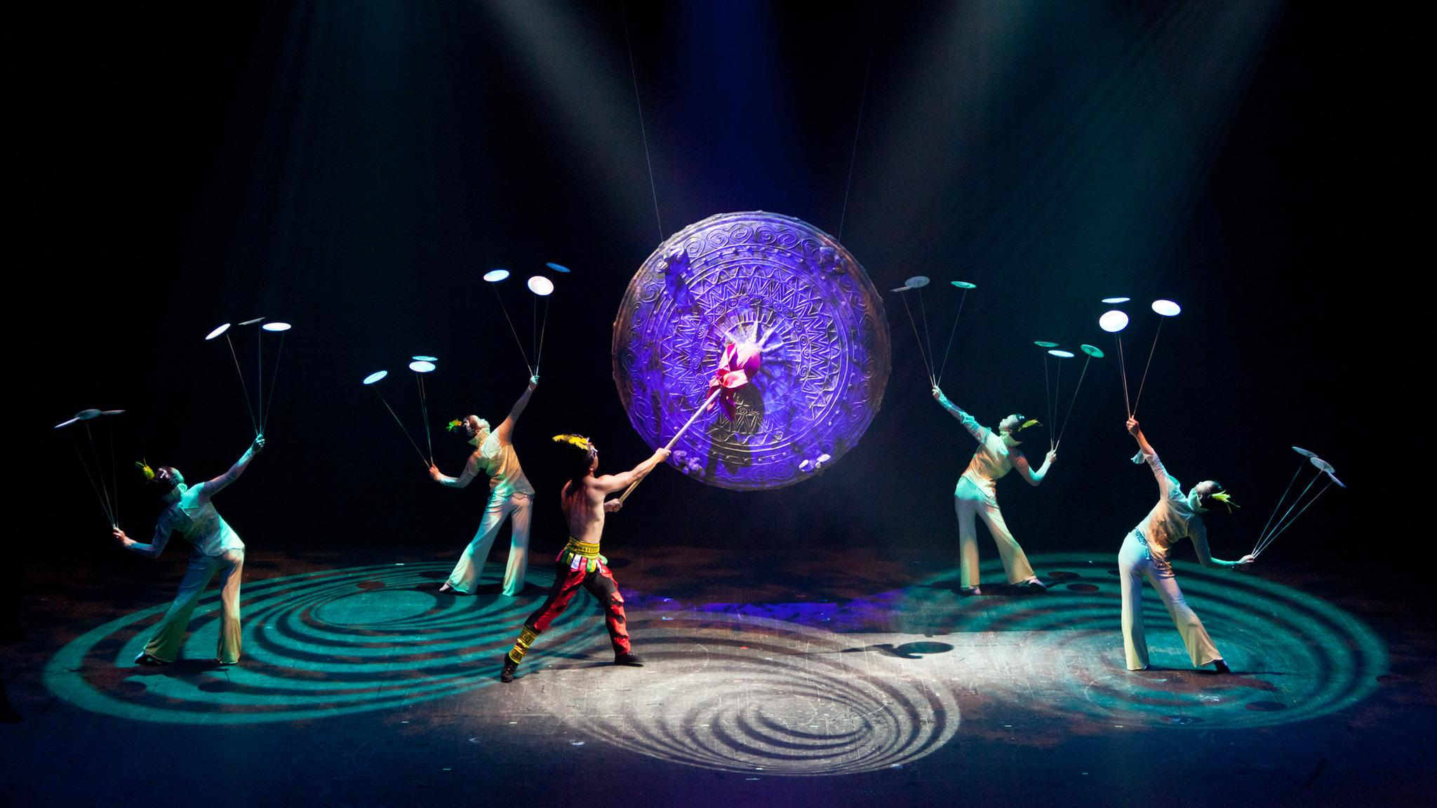 Cirque Ziva: Golden Dragon Acrobats