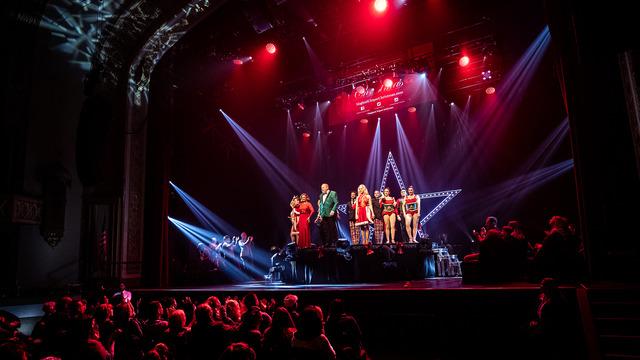 A Magical Cirque Christmas (Touring)