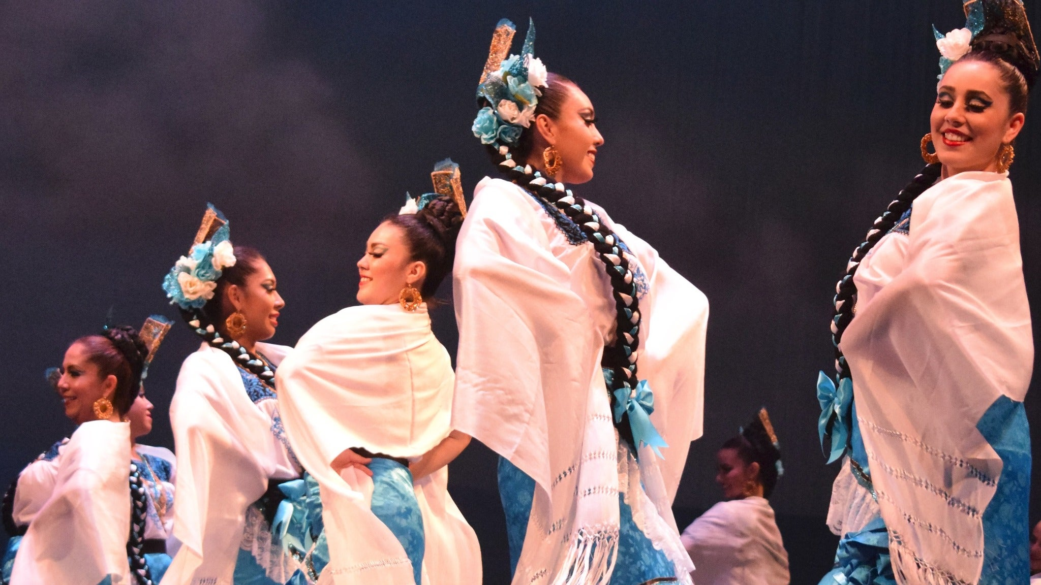 Ballet Folklorico at Community Theatre-NJ