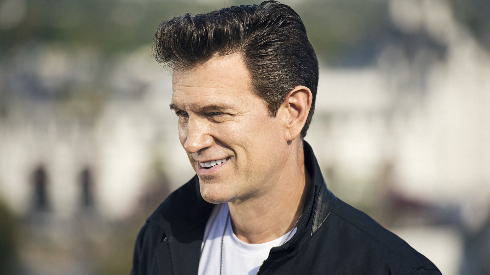 Chris Isaak at HOYT SHERMAN PLACE