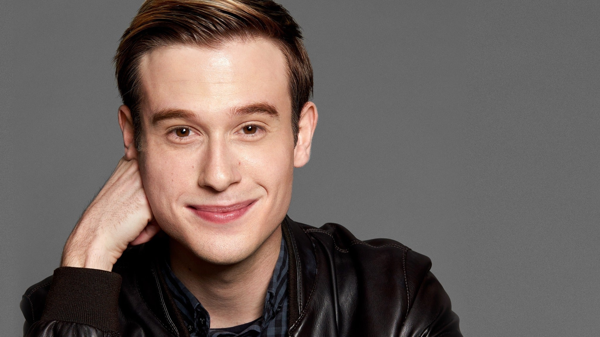Tyler Henry - Hollywood Medium at Grove of Anaheim