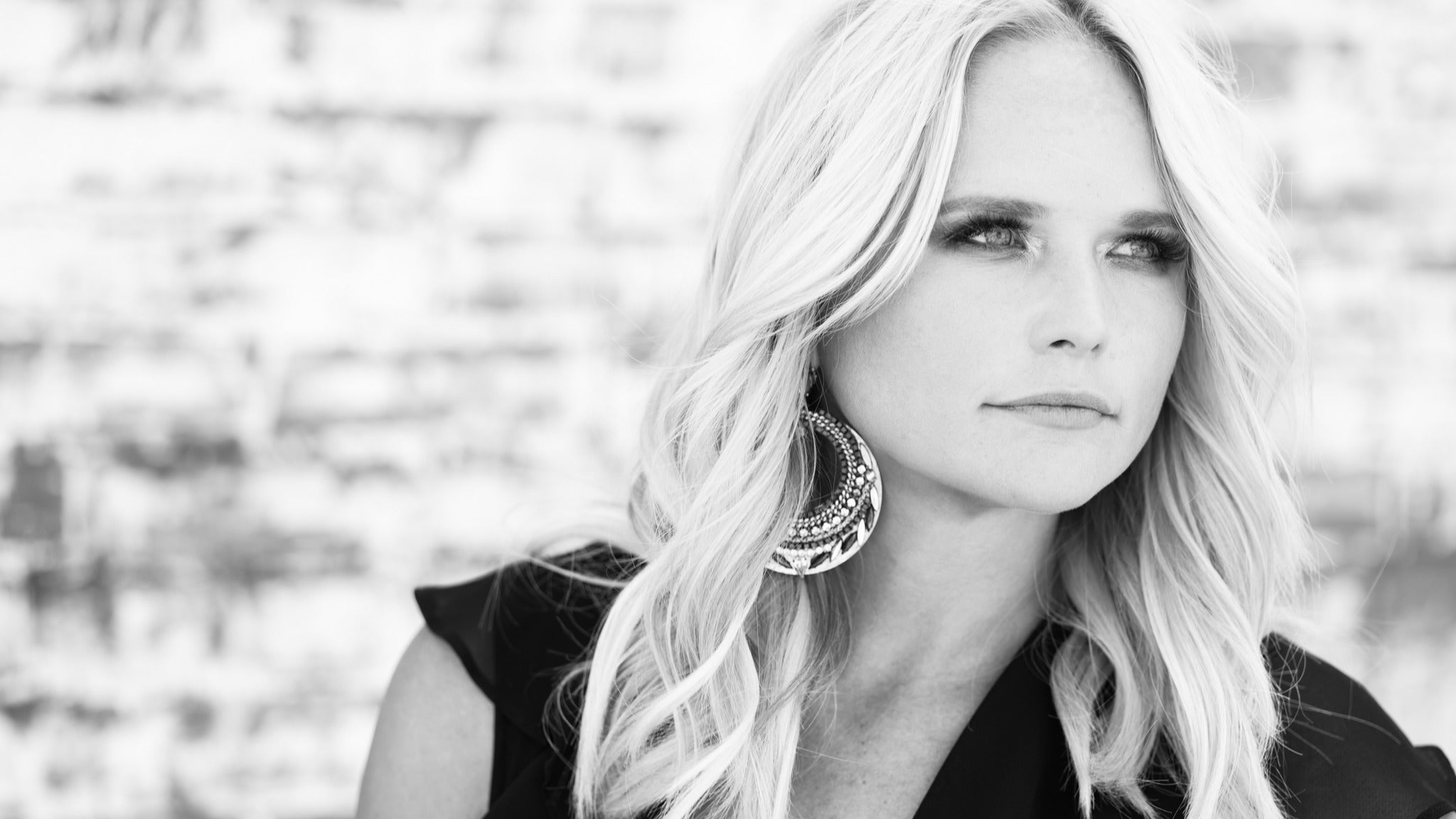 Miranda Lambert: Roadside Bars and Pink Guitars Tour