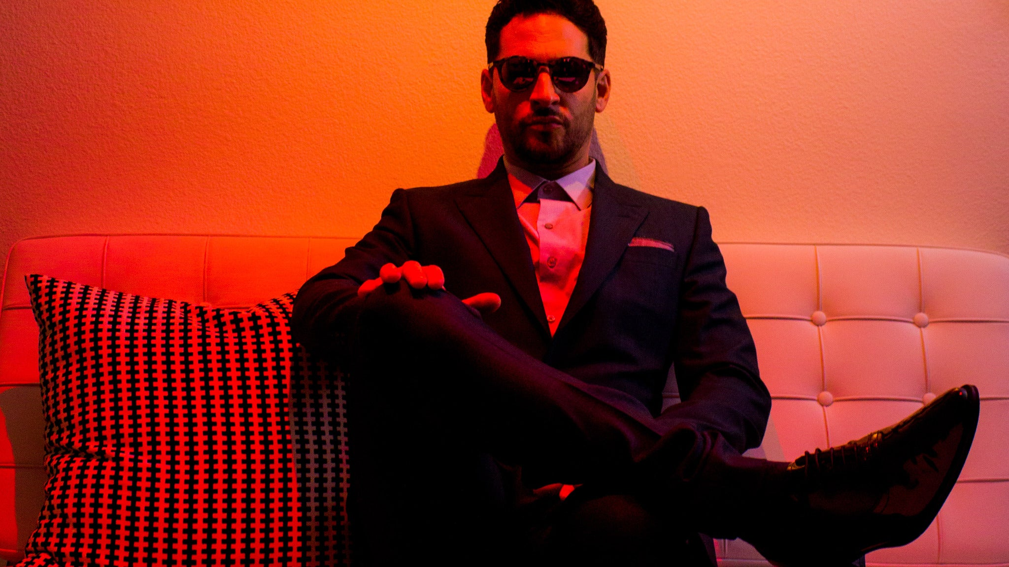 Jon B at The Vogue at Vogue Theatre - IN