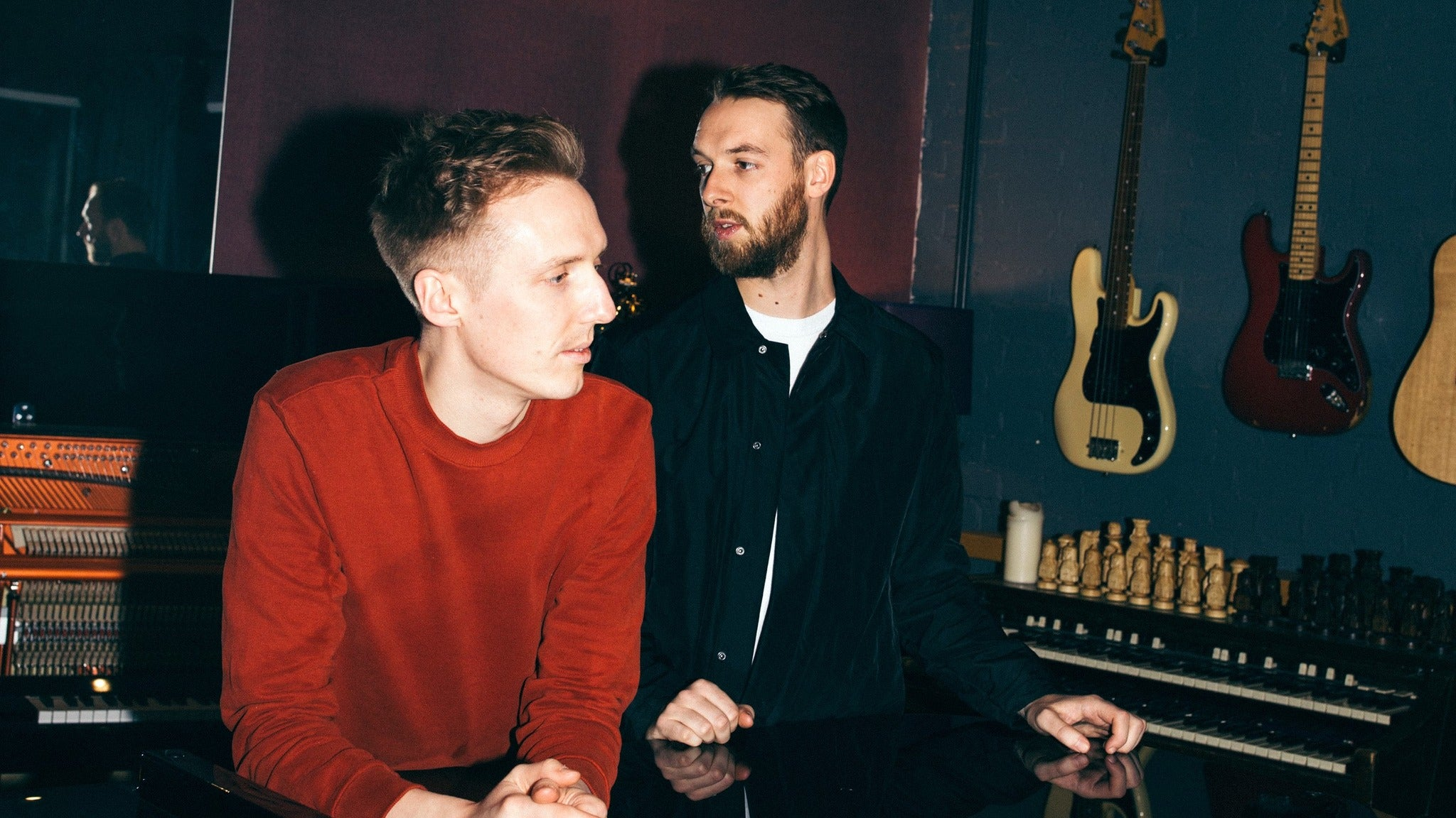 Honne at Glass House