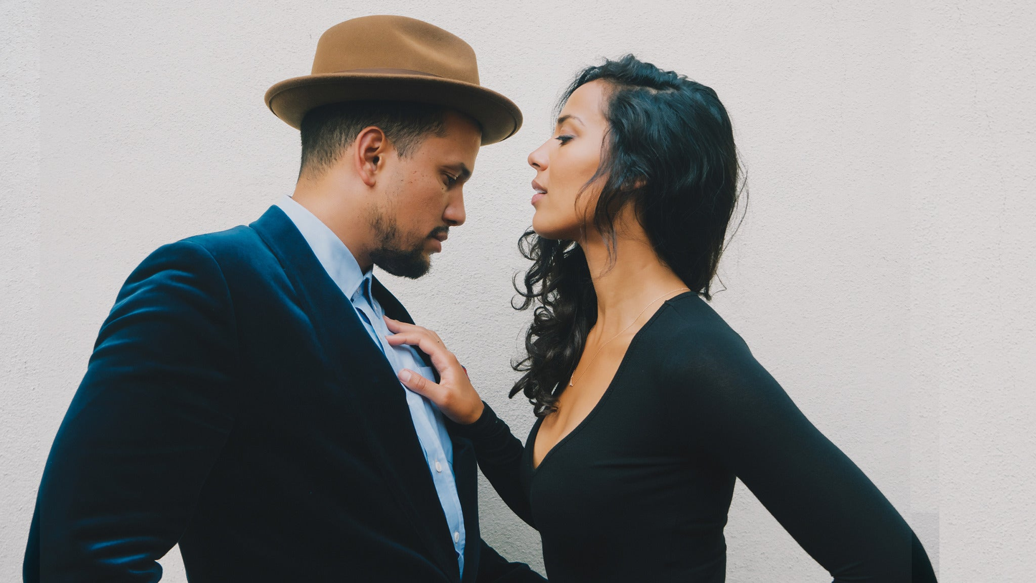 SORRY, THIS EVENT IS NO LONGER ACTIVE<br>Johnnyswim with Jonny P at Thalia Hall - Chicago, IL 60608