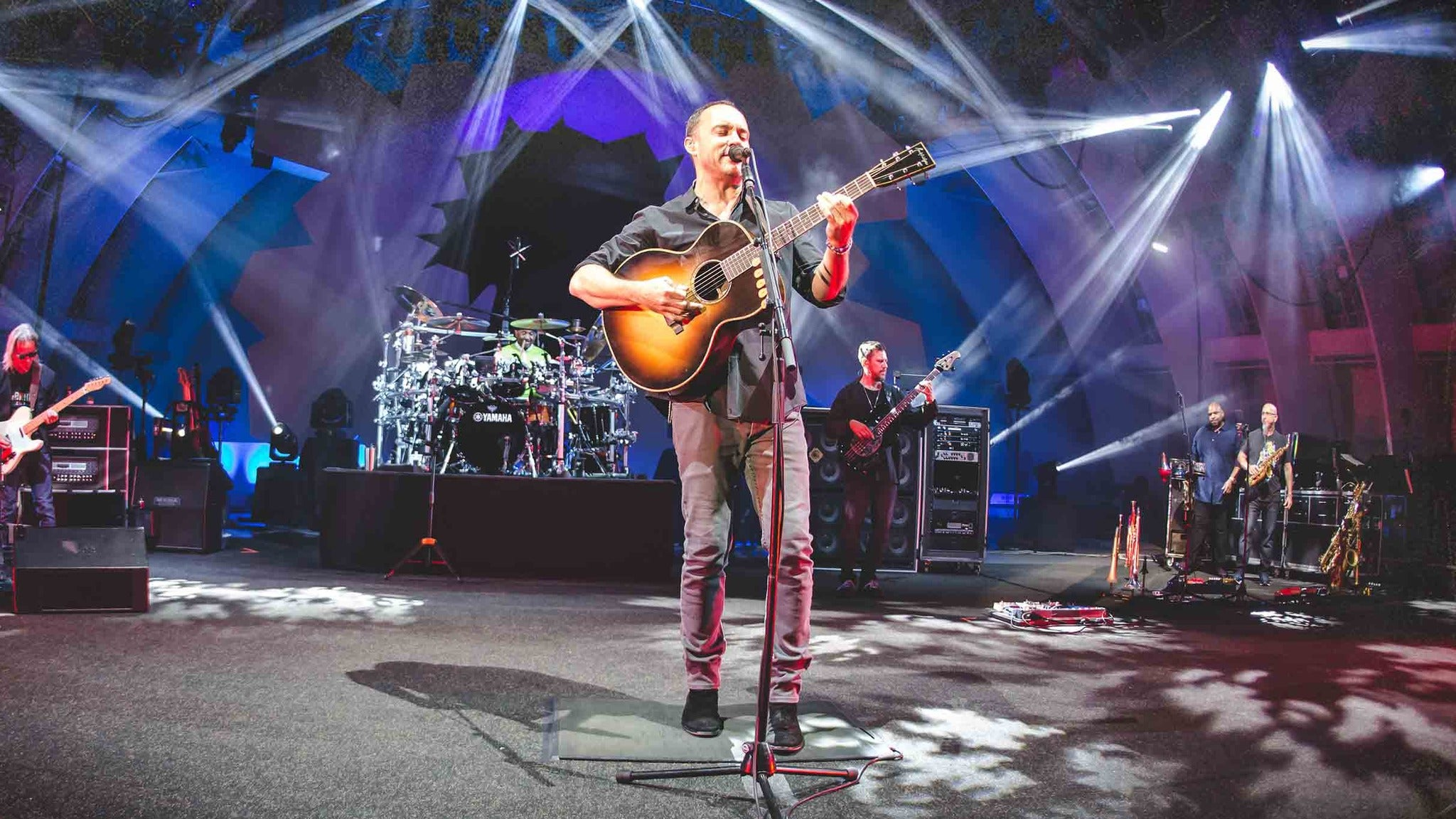 Dave Matthews Band at Mohegan Sun Arena