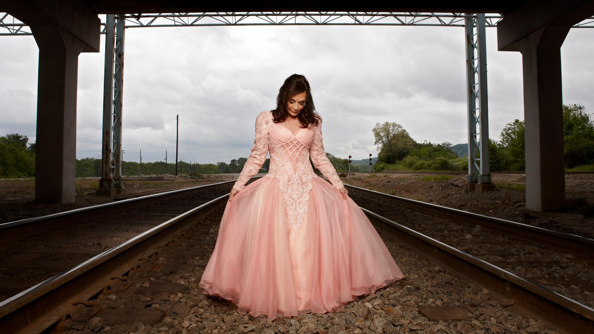 Loretta Lynn at HOYT SHERMAN PLACE