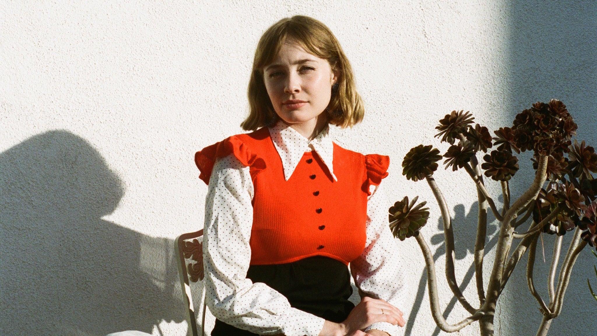 Alexandra Savior at The Independent