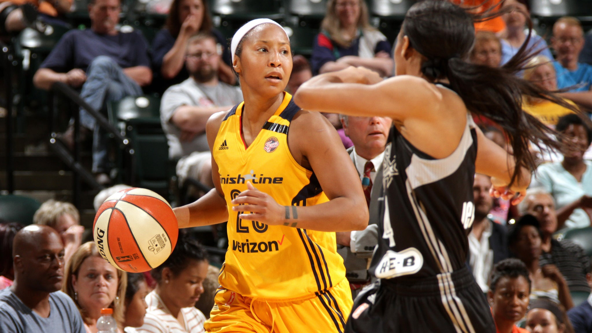Indiana Fever vs. Chicago Sky at Bankers Life Fieldhouse